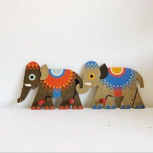VINTAGE Elephant Wooden Peg Rack